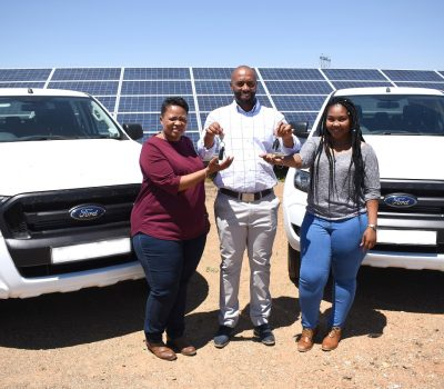 WOMAN-OWNED ENTERPRISE RECEIVES SUPPORT FROM DE AAR AND DROOGFONTEIN SOLAR POWER